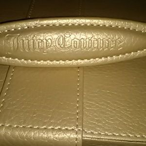 👜Beautiful Juicy Couture Box Purse